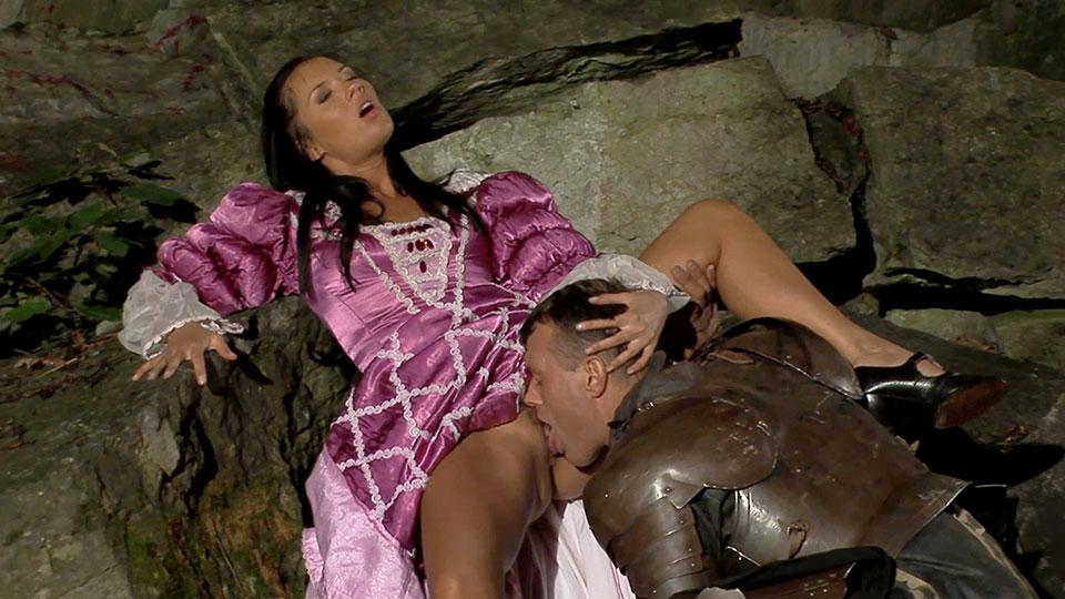 Damn!! big medieval porn movies 4k anyone